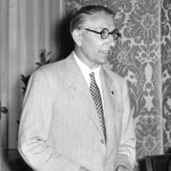 Ezio Micaglio <br>(1947-1963)